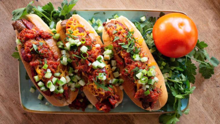 Lahmacum-Sucuk-Hotdog